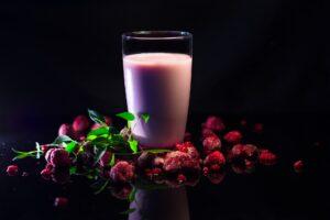 Hilft der Proteinshake wirklich beim Abnehmen? 6 Tipps für richtige Einnahme