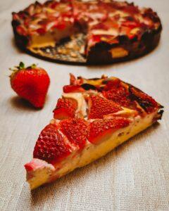 Erdbeer-Quark Kuchen (glutenfrei, zuckerfrei)